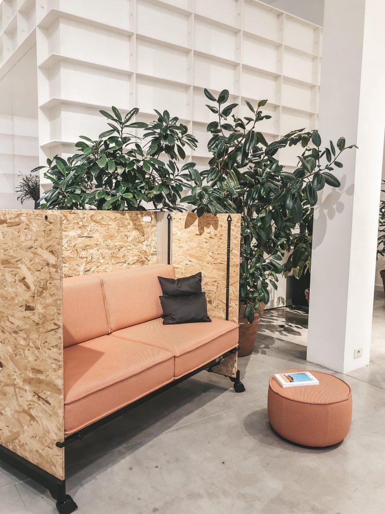 Vitra huonekalut showroomilla Brysselissä.