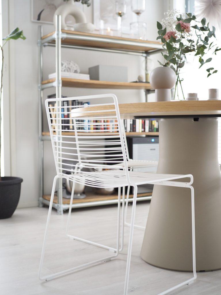 Täydellinen pyöreä ruokapöytä by Andreu World.